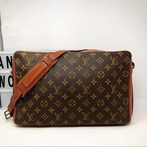 Louis Vuitton sac bandouliere Monogram Bag